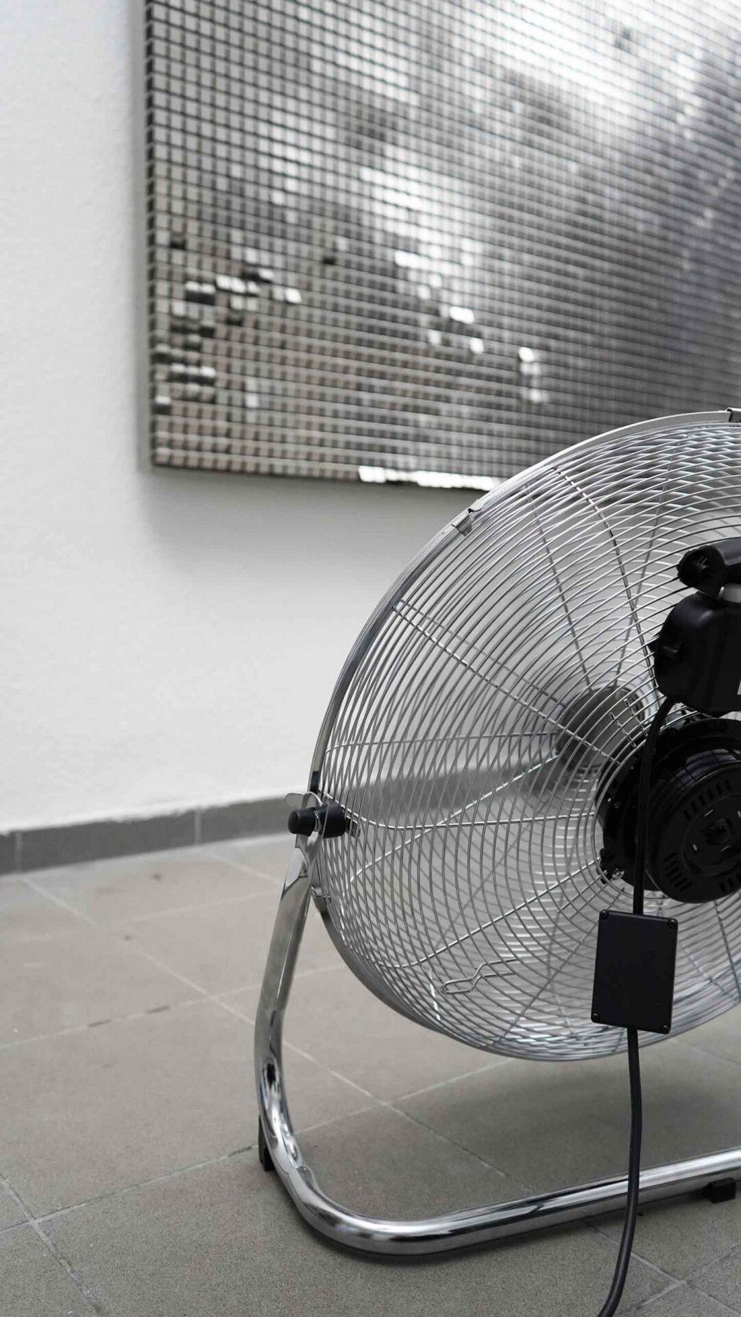 verena bachl wave fragment kinetic light art installation